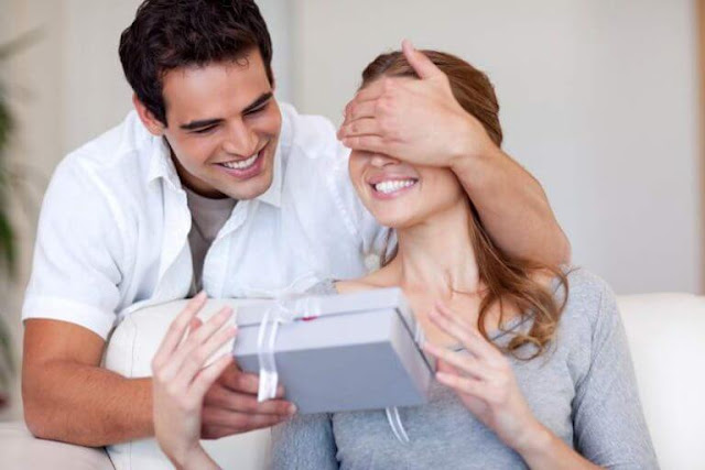 10 Things No Man Would Reveal To His Wife