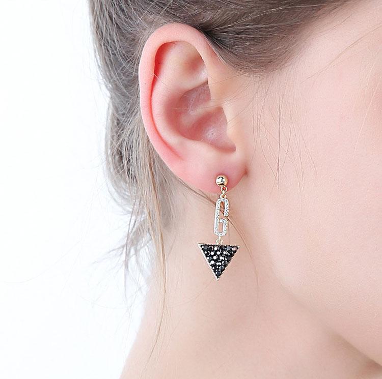 不對稱風 G幾何灰鑽鋯石耳環