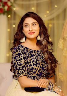 Jani na kon karone Bengali Lyrics Song by Nancy