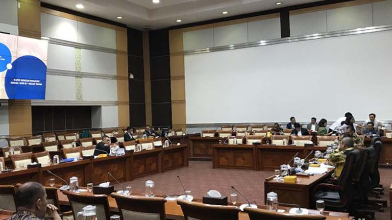 Sindir Dewas TVRI, Komisi I DPR Ungkit Slogan 'Media Pemersatu Bangsa'