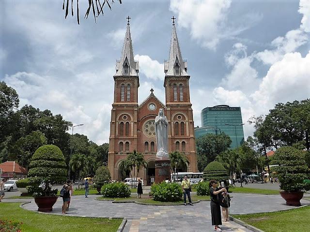 Ho Chi Minh City: Catedral de Notre Dame