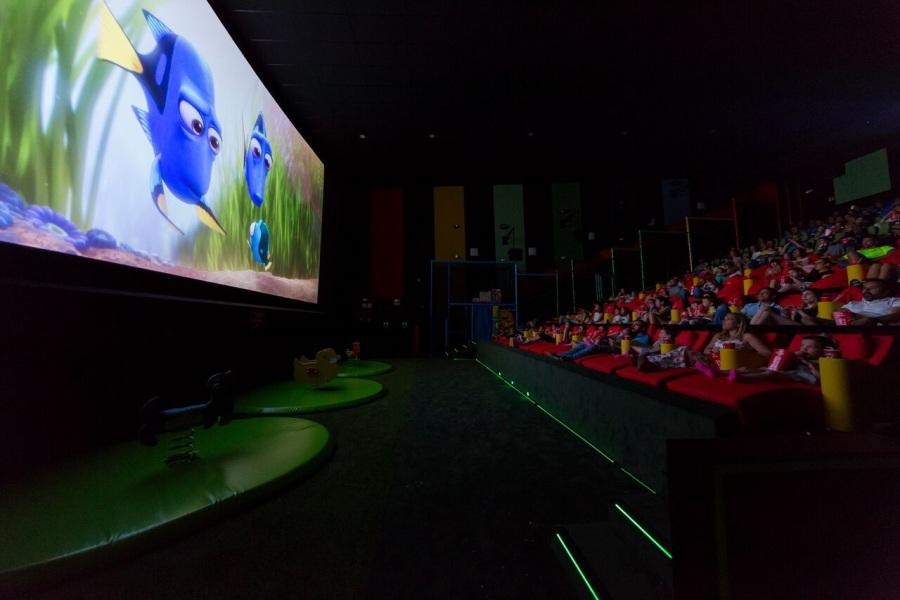 La sala junior tiene un descanso en medio de la película