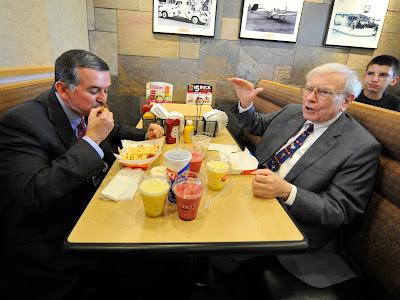 Makan Siang Dengan Warren Buffett