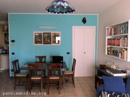 paroladordine-siorganizza-soggiorno-tavolo
