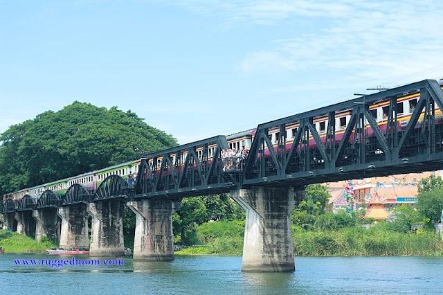 Death Railway at Kanchanaburi | Dari Stesen River Kwai Ke Thamkra Sae