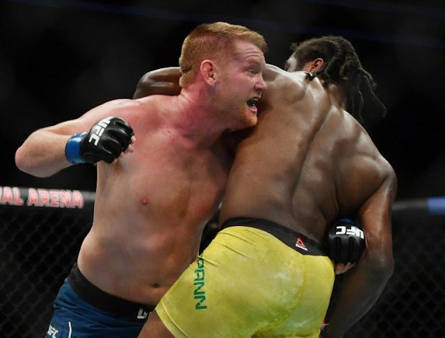 Ryan Spann holds off Sam Alvey UFC 249