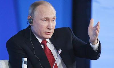Путин предложил ввести клятву или присягу для тех, кто вступает в гражданство РФ