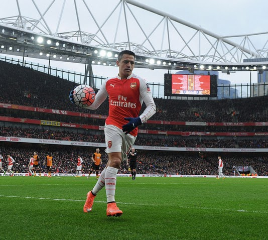 b33c5b348 Can rely on Alexis to grab it now if only he could start to do something  with it