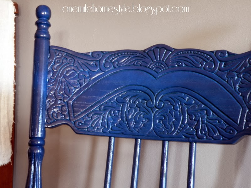 Navy blue traditional wooden dining room chair - detail