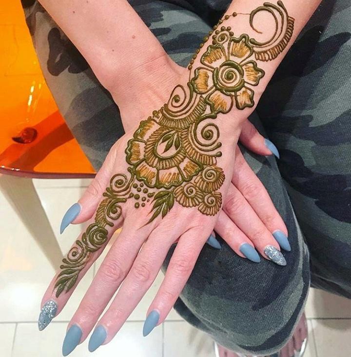 Download 15 Beautiful simple \u0026 easy Mehndi designs photos