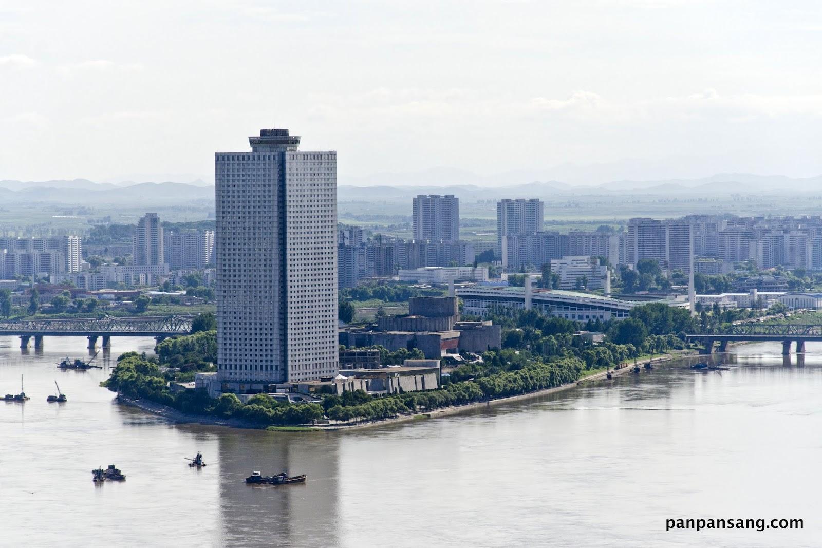 好食到彭彭聲: [北韓住宿]消失的五樓 -羊角島國際酒店