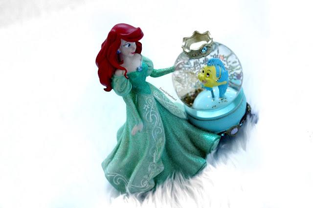 My little mermaid snow globe