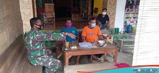 Sambangi Warga Berikan Sosialisasi Prokes Di Masa PPKM Mikro