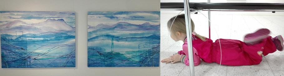 taidenäyttelyssä lapsen kanssa