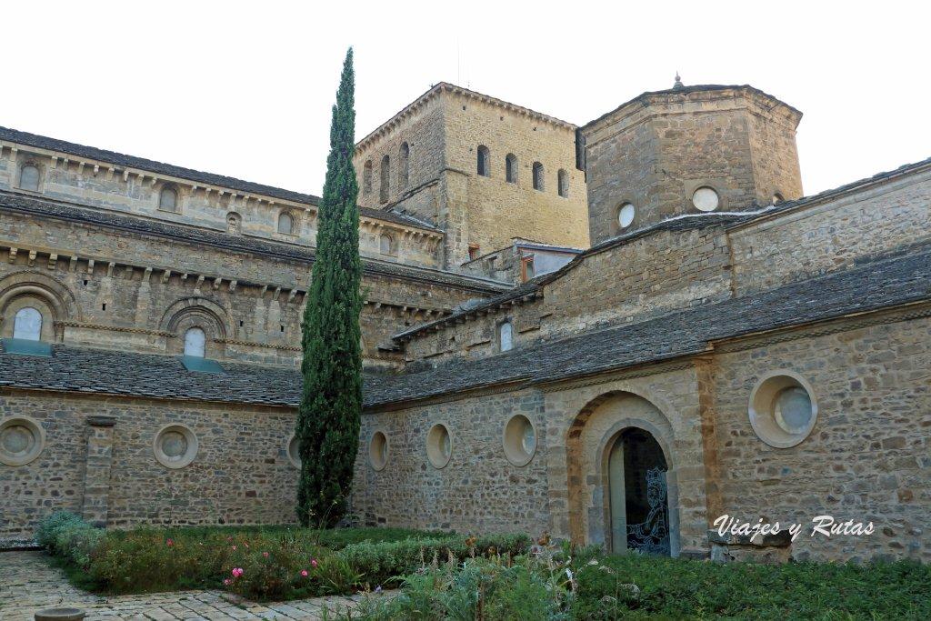 Claustro de la catedral de Jaca