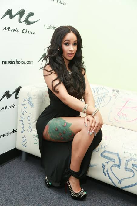 Cardi B S 8 Tattoos Their Meanings: Cardi B Tats Offset's Name At The Back Of Her Thigh