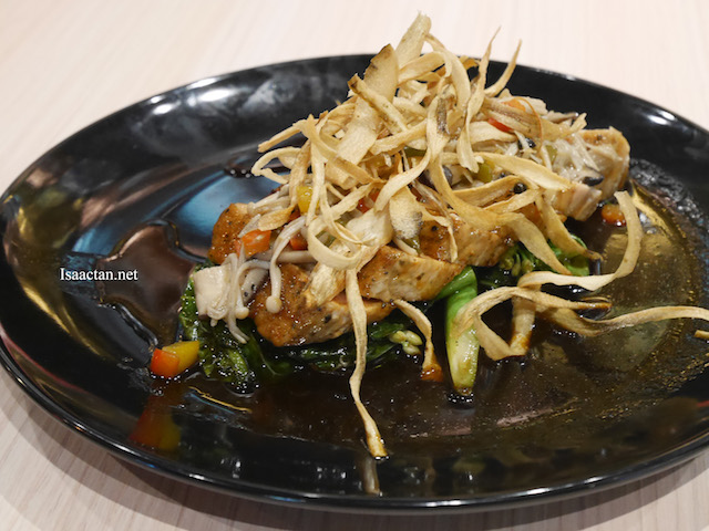 Pan Fried Tuna Steak With Spinach & Mixed Mushroom Served With Teriyaki Sauce - RM28.90