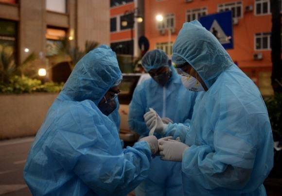 Bệnh nhân từng nhận kết quả âm tính ngày 25/03, chưa đầy 24 giờ lại thành dương tính