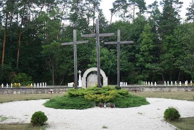 Cmentarz wojenny w Sochach, miejsce spoczynku doczesnych szczątków ofiar masakry z 1 VI 1943 r.