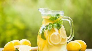 Ada 5 Manfaat Meminum Air Lemon Hangat Pada Saat Di Pagi Hari
