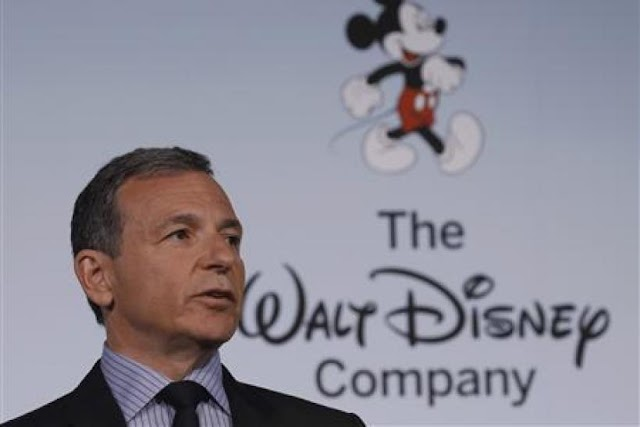 #Business,#Entertainment : Disney's brand features new streaming service already an edge over Netflix !