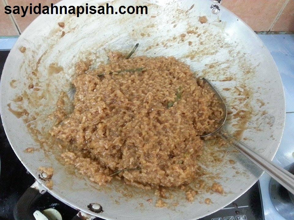Resepi wajik (pulut manis) yang sangat mudah!