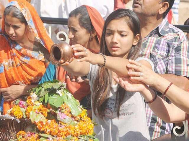 अगर पुरे सावन नहीं कर पाए शिव की पूजा तो अंतिम सोमवार करे ये उपाय, बरसेगी शिव की कृपा