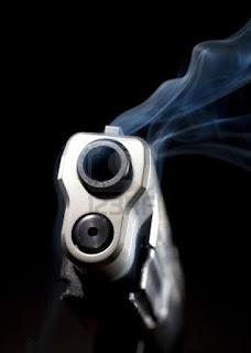 pistola che fuma