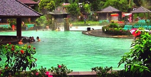 http://www.catatan-efi.com/2016/06/wisata-sehat-di-pemandian-air-panas.html