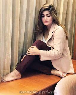 Gambar Hilda Vitria Khan Keren Terbaru