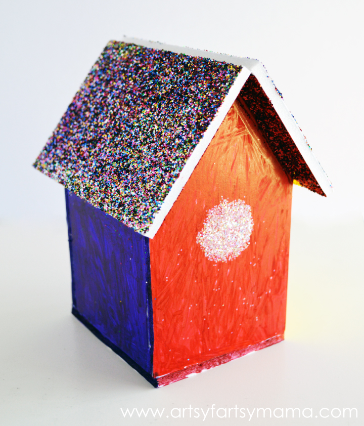 DIY Foam Board Birdhouse at artsyfartsymama.com #Elmers #kidscraft #birdhouse