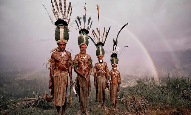 Sejarah Koteka, Pakaian Adat Papua yang Melegenda