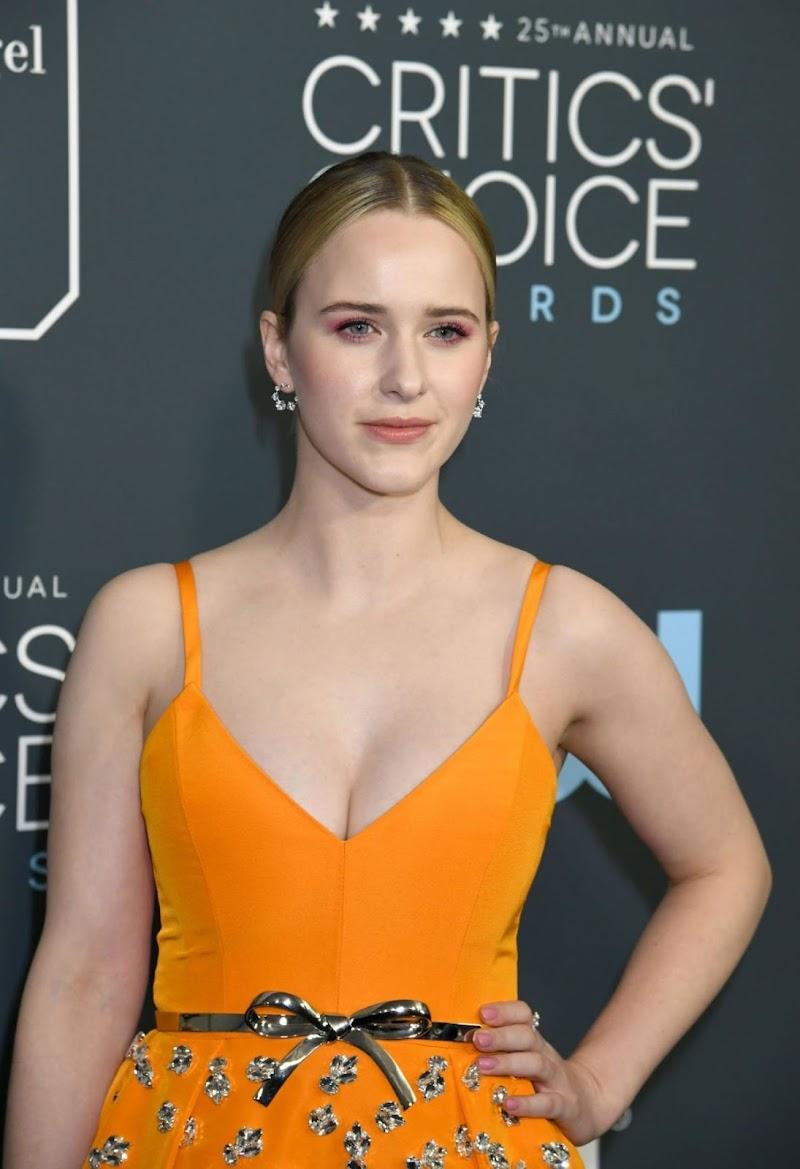 Rachel Brosnahan Clicks at 25th Annual Critics Choice Awards in Santa Monica 12 Jan-2020
