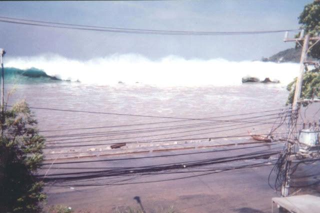 Jejak-jejak Laut Bagian 1
