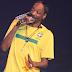 Snoop Dogg divulga foto com álbuns do Edi Rock, Eduardo Taddeo e Projota no Instagram