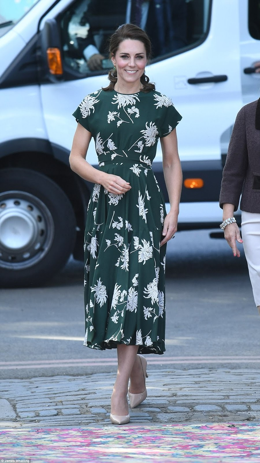 Duchess dazzles in a green frock printed with blooms as she joins Sophie and Beatrice at Chelsea Flower Show
