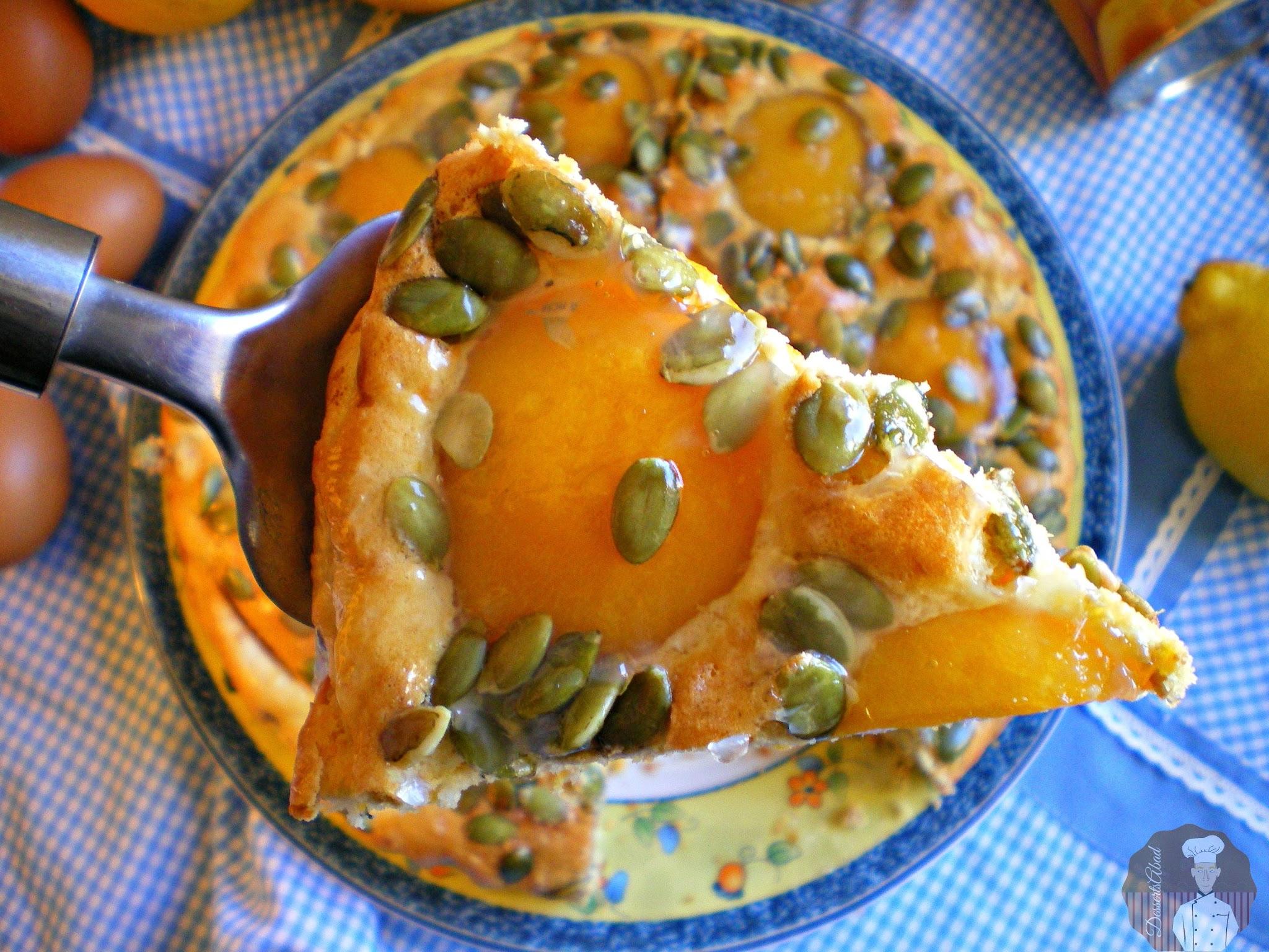 Pastel de melocotón con pipas de calabaza
