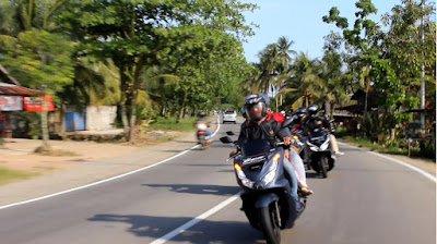 Ngebuburit Ala Anak Komunitas Honda PCX Club Indonesia Chapter Pontianak