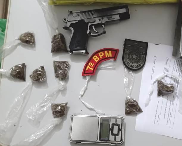 Em Olho D'água das Flores, polícia prende homem por tráfico de drogas e apreende menor