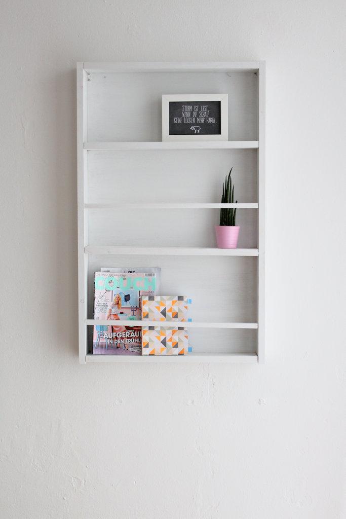interior diy zeitschriften und b cherregal selbst. Black Bedroom Furniture Sets. Home Design Ideas