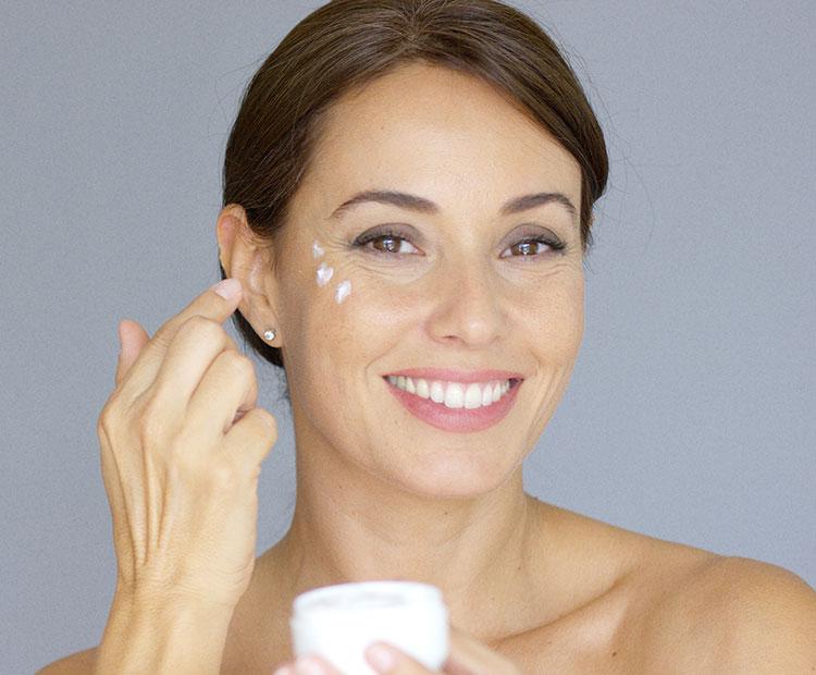 Do's & Don'ts Of Applying An Eye Cream