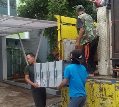 Sewa truk pindahan Bali Denpasar