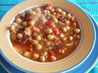 garbanzos con sofrito de verduras y jamón