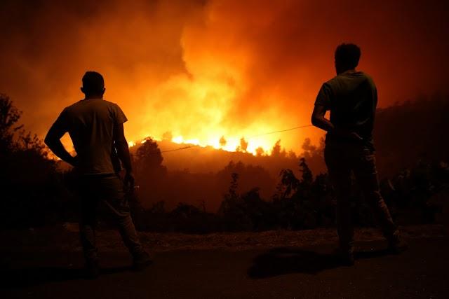 Meghalt egy tűzoltó a portugáliai erdőtüzekben