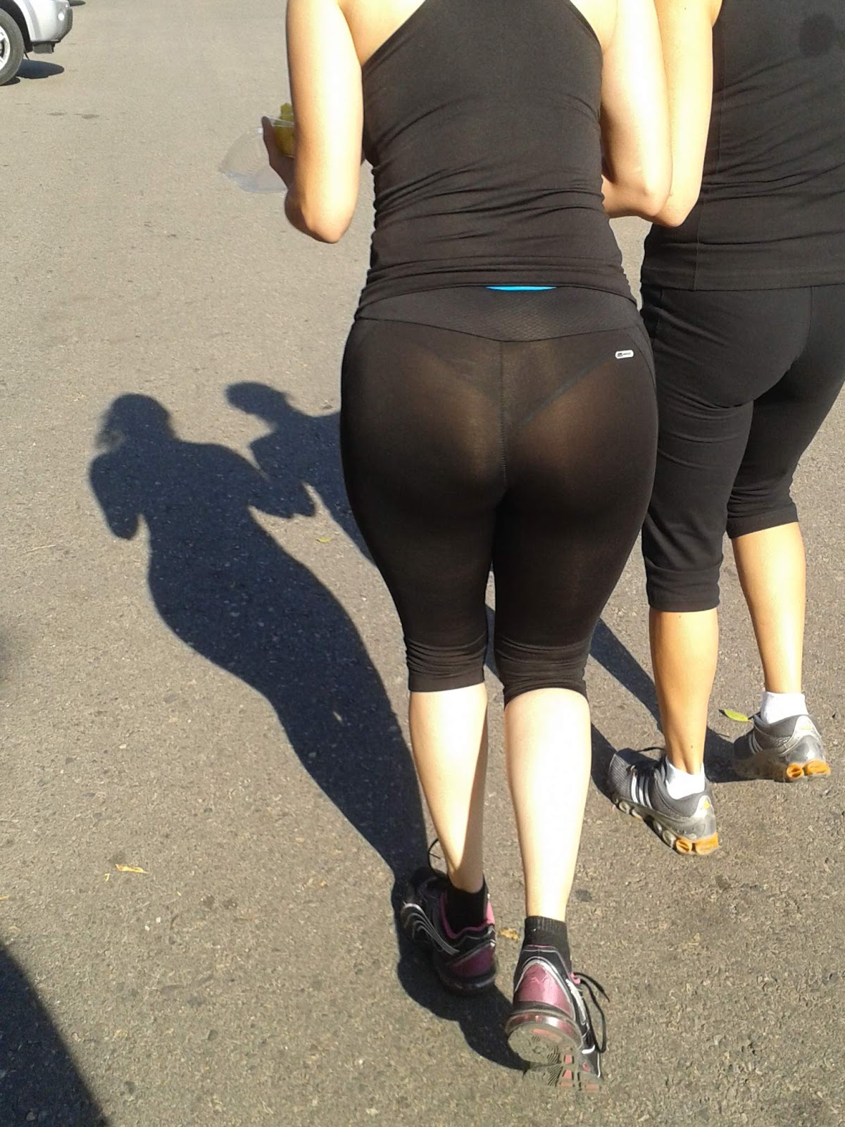 MILF THONG | Tight pants girls - woman in spandex and