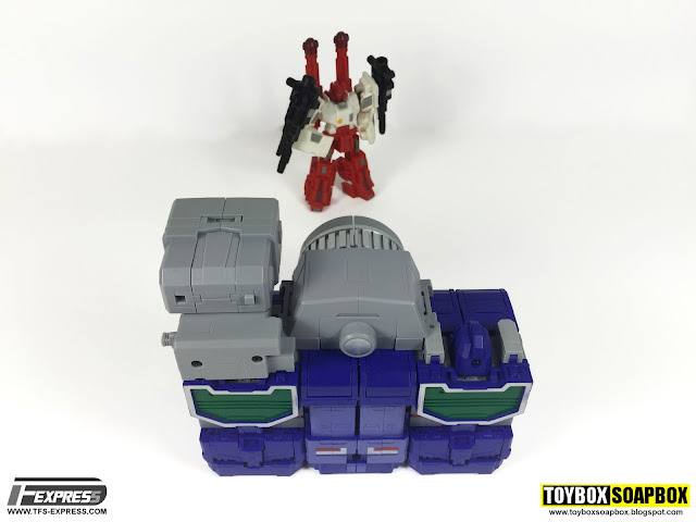 fans toys masterpiece reflector transformers