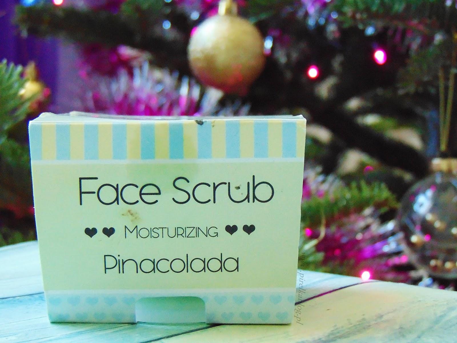 Nacomi, Nawilżający peeling do twarzy i ust o zapachu pinacolady