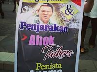 """Dipaksa Atasan Ikut Aksi 412, Poster yang Dibawa """"Ayo Penjarakan Ahok,Si Penista Agama"""""""