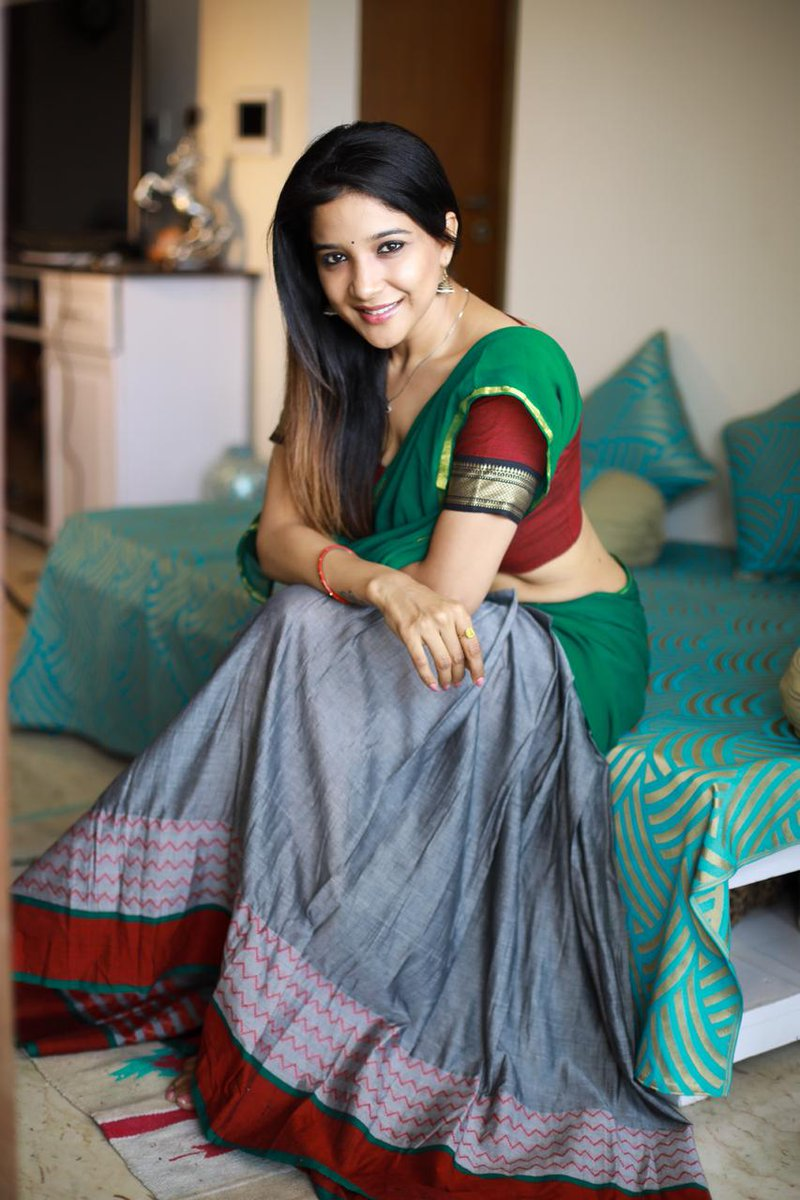 Sakshi Agarwal Hot Sexy Navel Show In Saree Photos