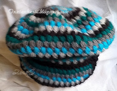 crocheted cap - beret with visor